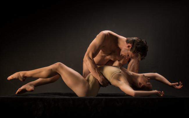 horoshee-eroticheskie-foto-par-muzhchina-i-zhenshina-sada-maza-porno