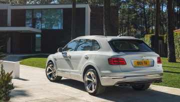 обоя bentley bentayga plug in hybrid 2019, автомобили, bentley, bentayga, 2019, plug, in, hybrid