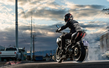обоя мотоциклы, ducati, bike, street, diavel