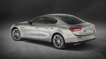 Картинка maserati+ghibli+luxury+package+2017 автомобили maserati ghibli 2017 package luxury