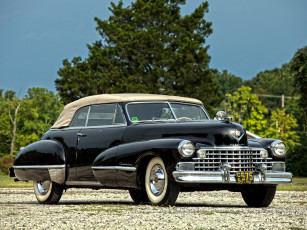 обоя cadillac sixty two convertible 1943, автомобили, cadillac, sixty, two, convertible, 1943