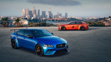 обоя 2018 jaguar xe sv project 8, автомобили, jaguar, 2018, xe, sv, project, 8, мощный, ягуар, седан, город