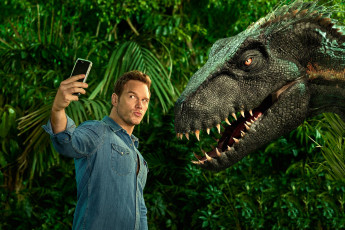 обоя мужчины, chris pratt, динозавр, телефон, chris, pratt, мужчина, in, jurassic, world, fallen, kingdom