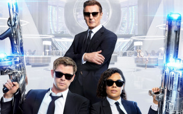 обоя men in black international 2019, кино фильмы, -unknown , другое, tessa, lynn, thompson, chris, hemsworth, men, in, black, international, 2019, liam, neeson