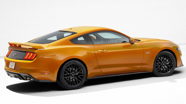 Обои картинки фото ford mustang v8-gt with performance package 2018, автомобили, ford, mustang, v8-gt, with, performance, package, 2018