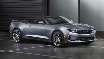 обоя chevrolet camaro rs convertible 2019, автомобили, camaro, convertible, rs, chevrolet, 2019, серебряный, металлик