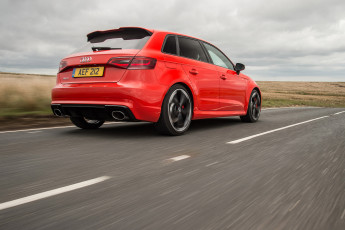 Картинка автомобили audi rs 3 uk-spec sportback красный 2015г 8v