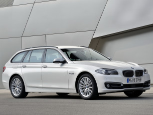 Картинка автомобили bmw 2013г f11 line luxury touring светлый 520d