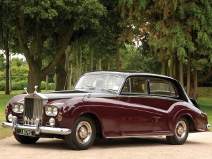 обоя rolls-royce silver cloud lwb saloon by james young 1962, автомобили, rolls-royce, silver, cloud, lwb, saloon, james, young, 1962