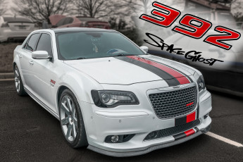 обоя chrysler 300 srt, автомобили, chrysler, спорткар