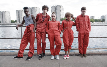 обоя кино, фильмы, misfits, сериал, kelly, bailey, lauren, socha, alisha, antonia, thomas