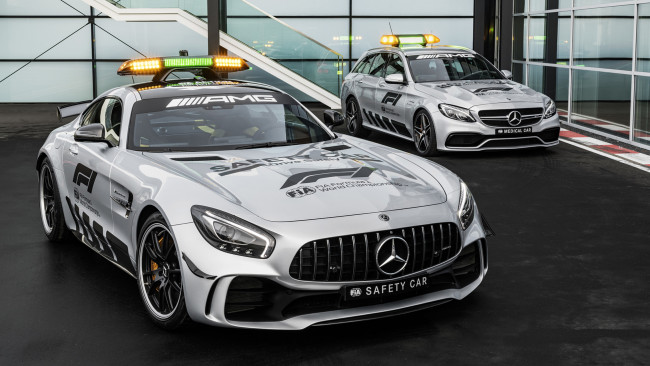 Обои картинки фото mercedes-benz amg gt-r formula-1 safety car 2018, автомобили, полиция, 2018, gt-r, formula-1, safety, car, amg, mercedes-benz