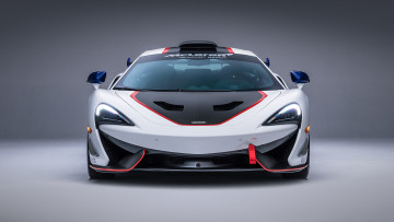 обоя mclaren 570s gt4-mso x no8 white red and blue accents 2018, автомобили, mclaren, 570s, gt4-mso, x, no8, white, red, blue, accents, 2018