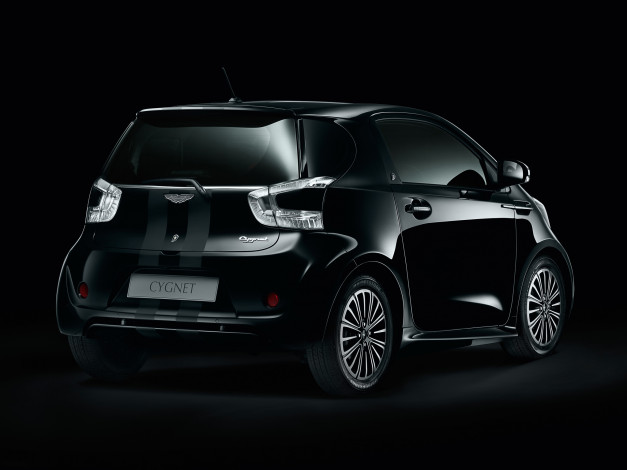 Обои картинки фото aston martin cygnet black edition 2011, автомобили, aston martin, 2011, edition, black, cygnet, aston, martin