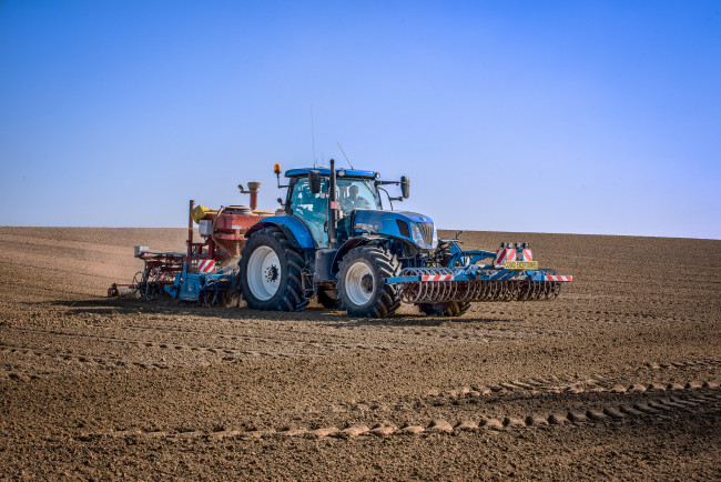Трактор. АгроРобота